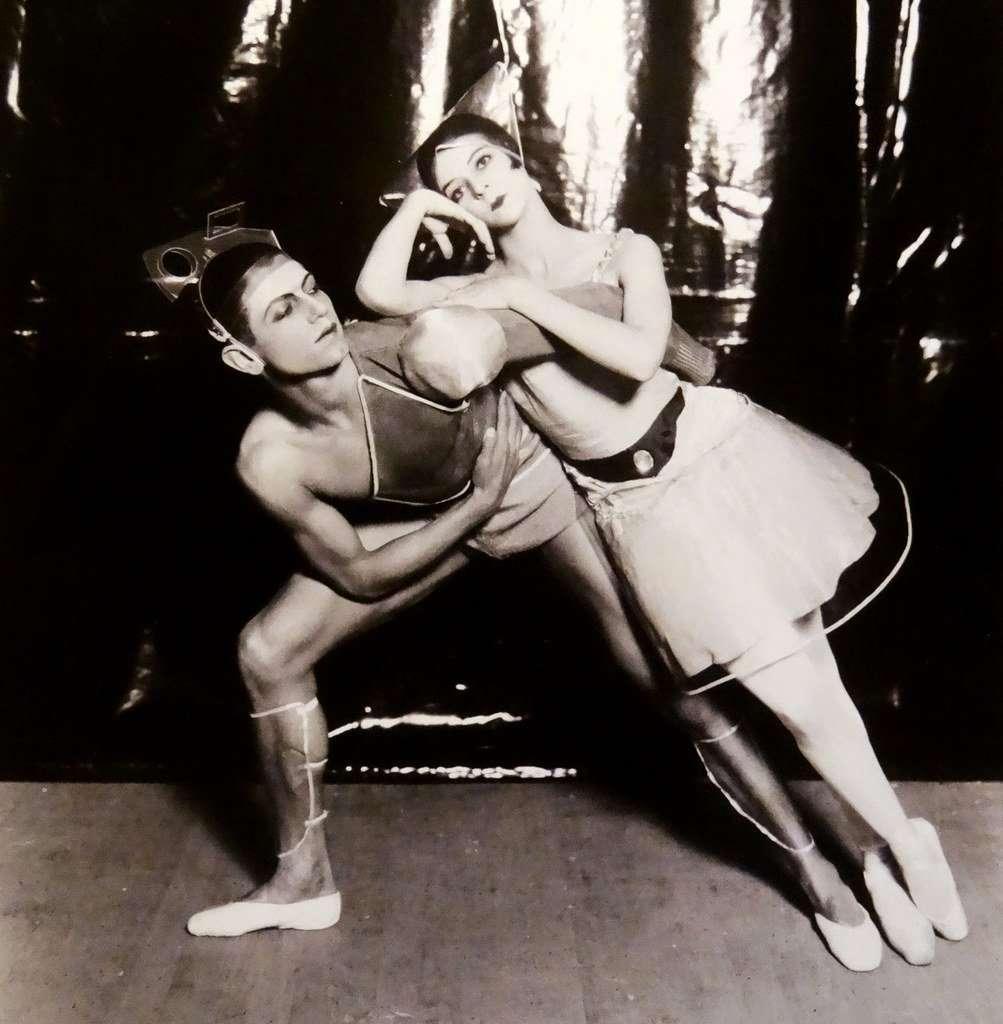 Serge Lifar e Nikitina in foto