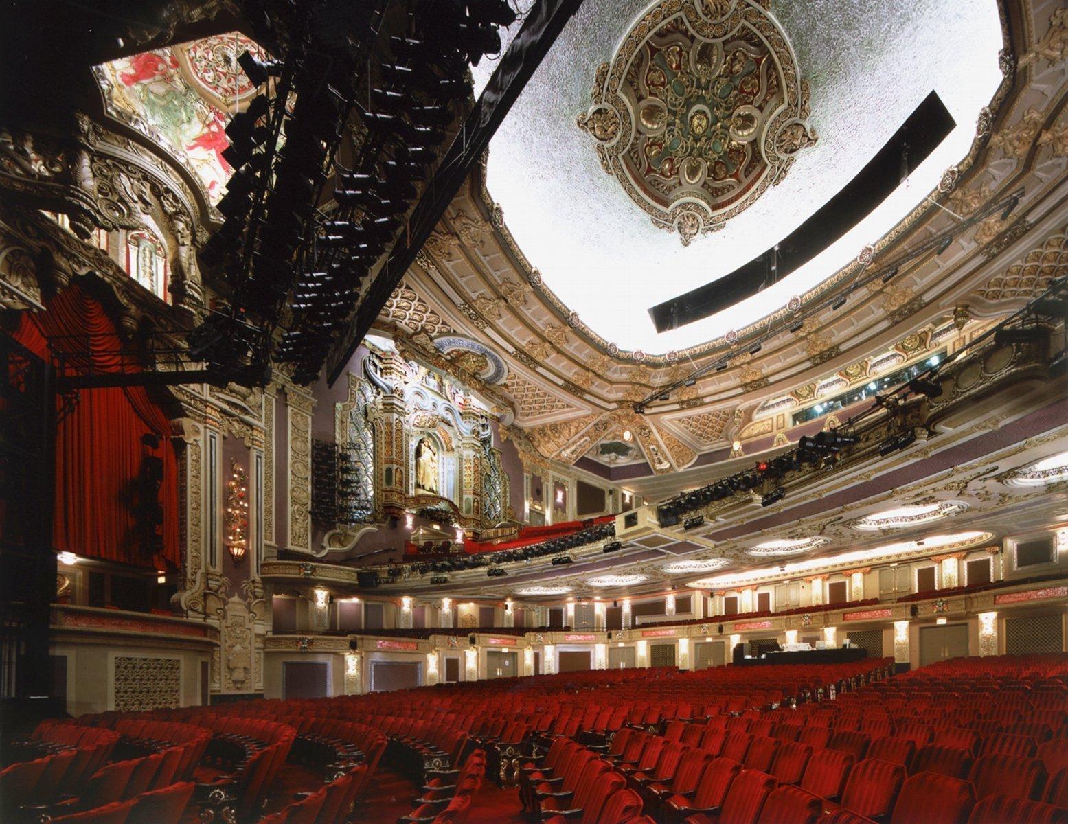 interno del teatro fantasmi
