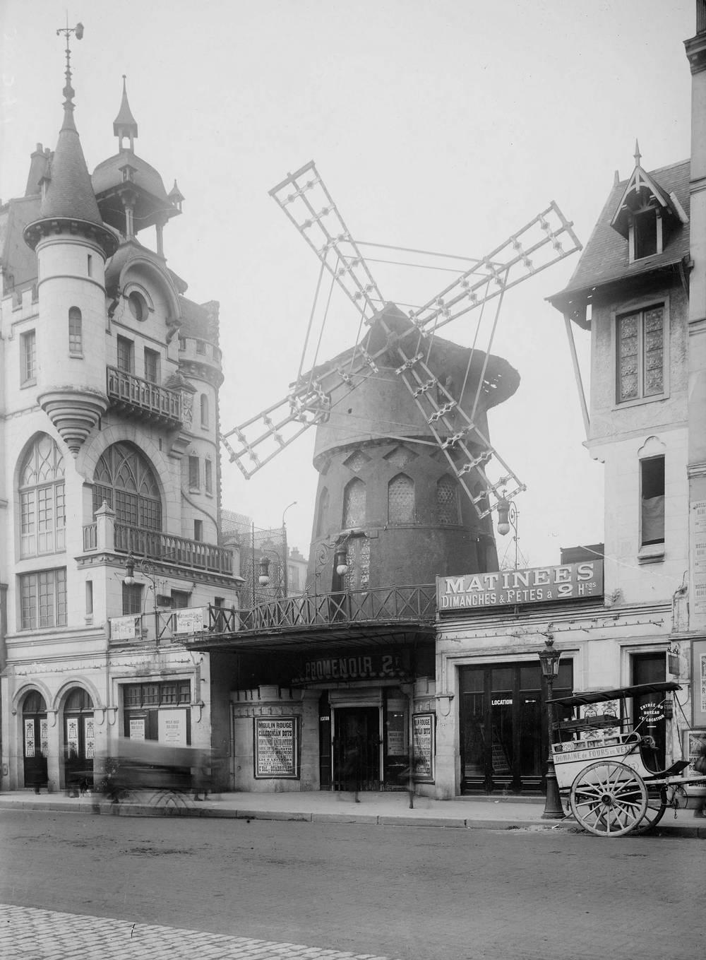 Facciata Moulin Rouge